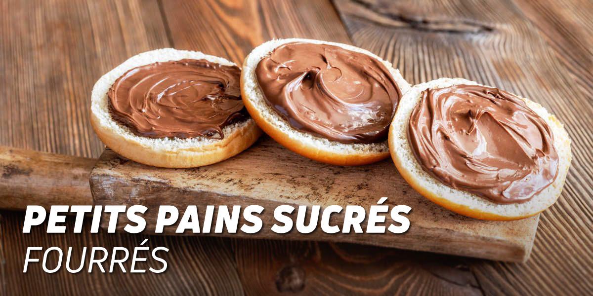 Petit-pains sucrés fourrés au chocolat