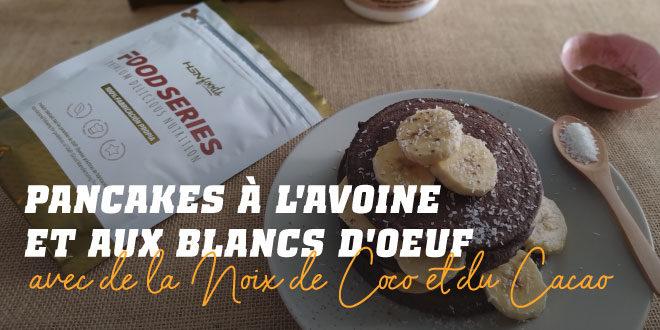 Pancakes à l'Avoine et Blancs avec de la Noix de Coco et du Cacao