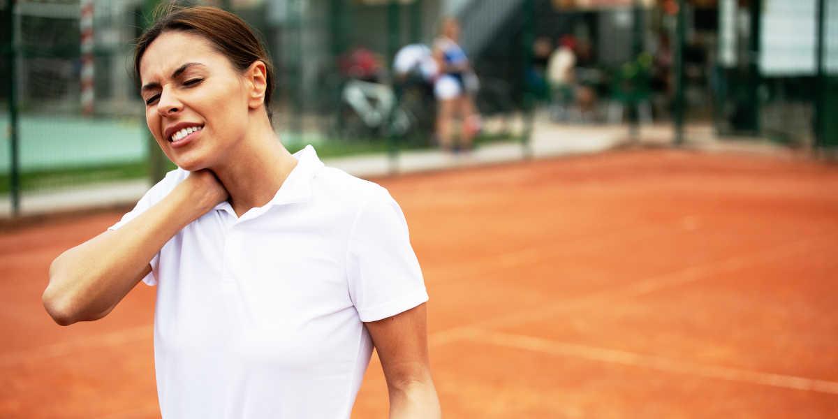 Quelles articulations un joueur de tennis blesse-t-il?