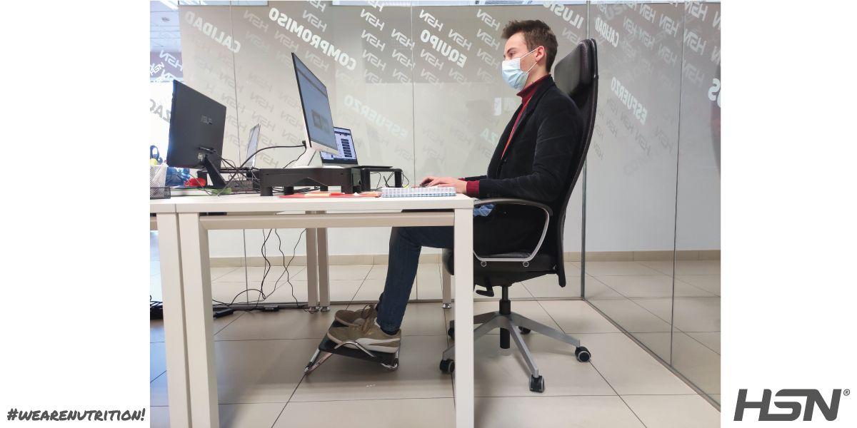 Exercices posturaux au bureau