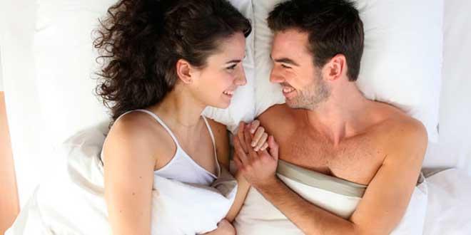 Niacin synthesis of sex hormones
