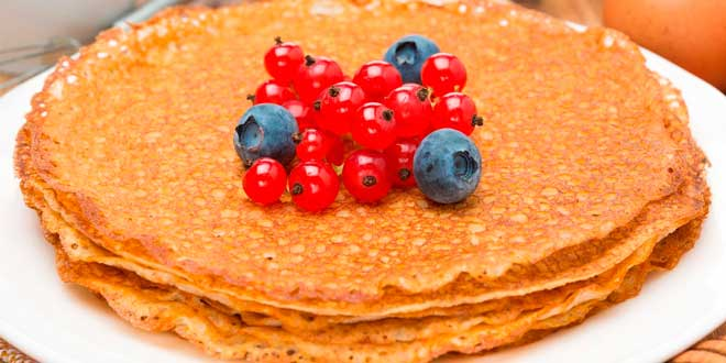 Oat Pancakes with Natural Sweetener