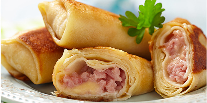 "Oat Pancakes with Ham and Cheese ""Wraps"""