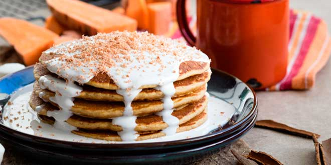 Oat and Egg White Pancakes with Marshmallow Topping