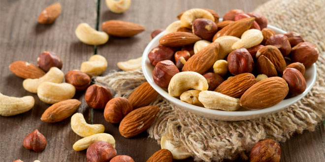 Top 10 nuts for a fitness diet