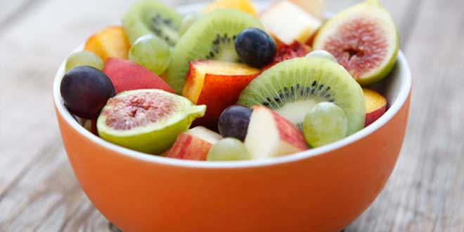 A bowl of food rich in vitamin C