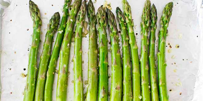 Green asparagus and folic acid