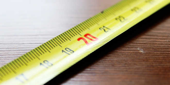 Rule in centimeters