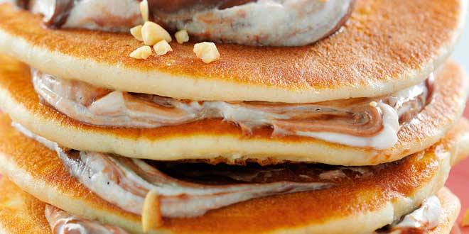 Oat and Egg White Pancakes with Coffee Topping
