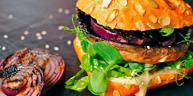 Homemade Chilli Beef burger