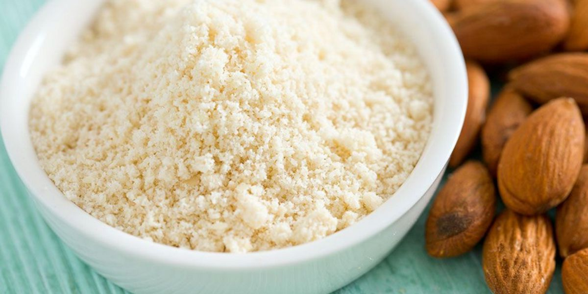 Calories almond flour
