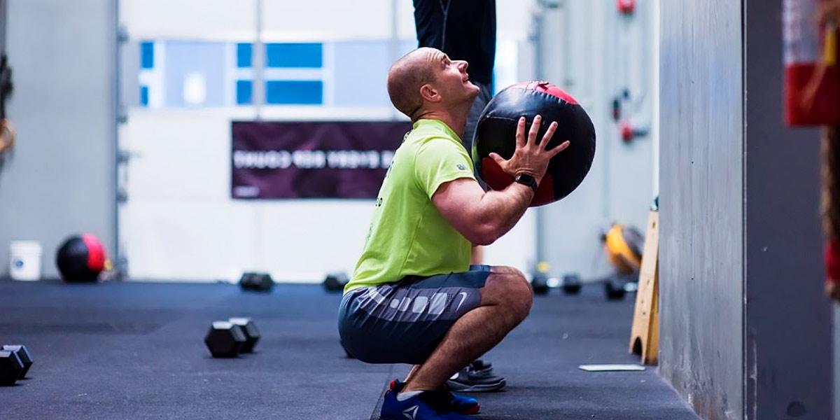 Medball front squat